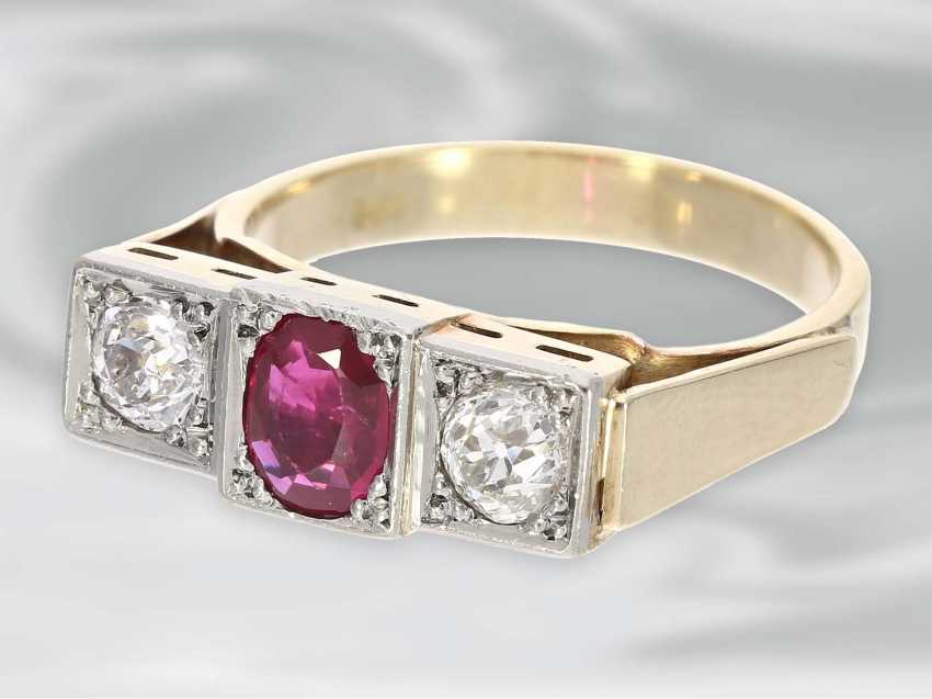Ring: very beautiful Art Deco gold wrought ring with ruby trim and 2 old European cut diamonds, 14K Gold - photo 3