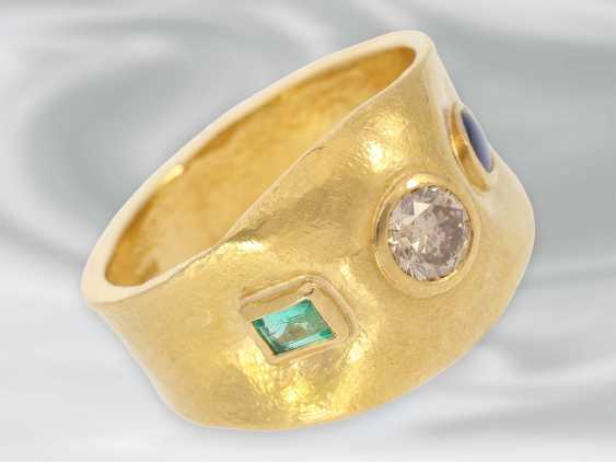 Ring: unique gold ring with diamond/sapphire as well as emerald trim, 900 Gold wrought - photo 1