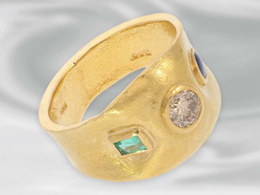 Ring: unique gold ring with diamond/sapphire as well as emerald trim, 900 Gold wrought - photo 3