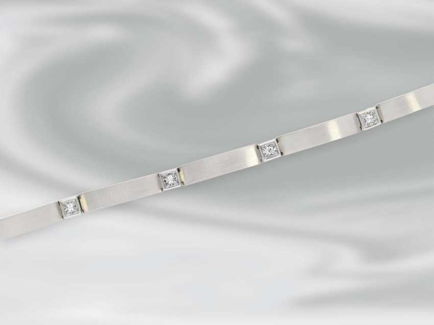 Bracelet: very solid built, high quality platinum bracelet with diamonds, approximately 1.5 ct, unworn - photo 2