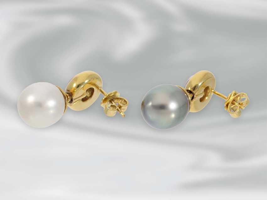 Earrings: very high quality brilliant stud earrings with South sea - and Tahiti cultured pearls, approx. of 0.81 ct brilliant-cut diamonds, 18K yellow gold - photo 2