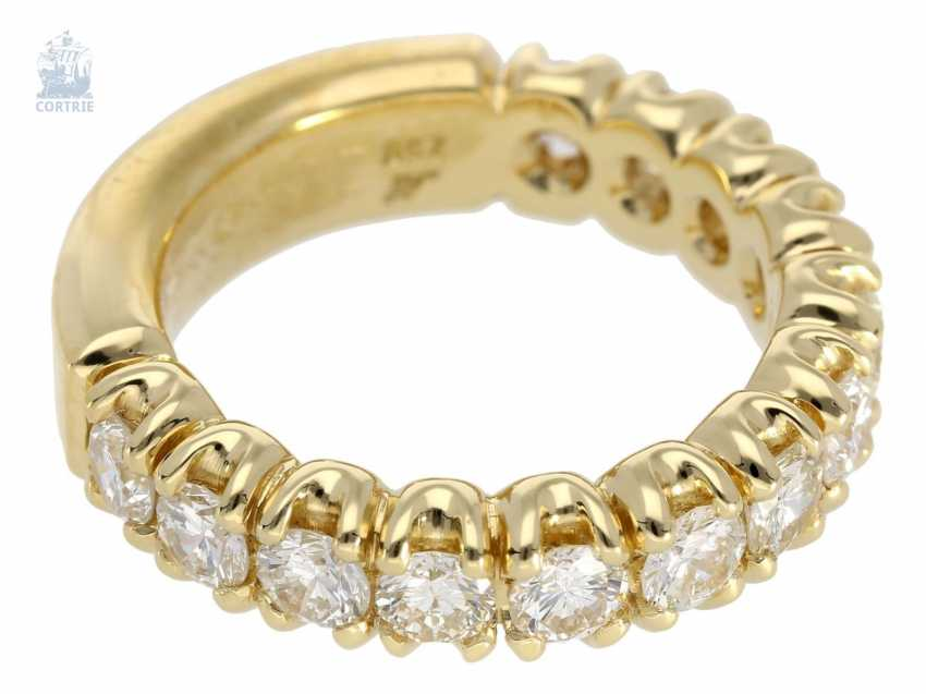 Ring: sound, of extremely high quality, brilliant Semi-Eternity Ring, crafted from 18K Gold, 2,12 ct brilliant-cut diamonds, gold and silver price lt. The previous owner approx. 6.500€ - photo 3
