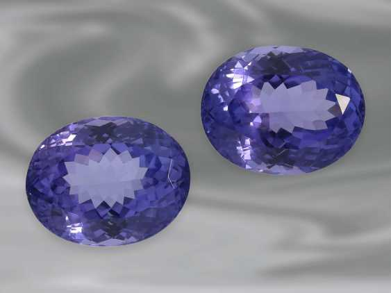 Tanzanite: a Pair of high-quality Tansanite in oval mixed-cut, together approx. 10,70 ct - photo 2
