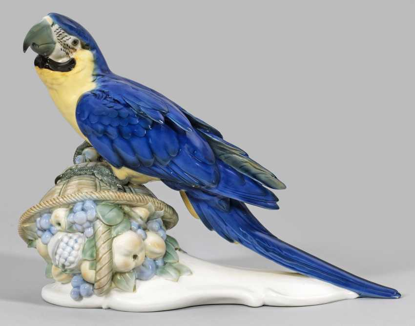 "Great figure ""parrot with fruit basket"". Original title - photo 1"