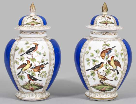 Couple of the decoration vases with bird decor - photo 1