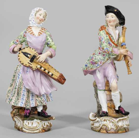 """Pair of large figures of a """"hurdy-gurdy player"""" - photo 1"""