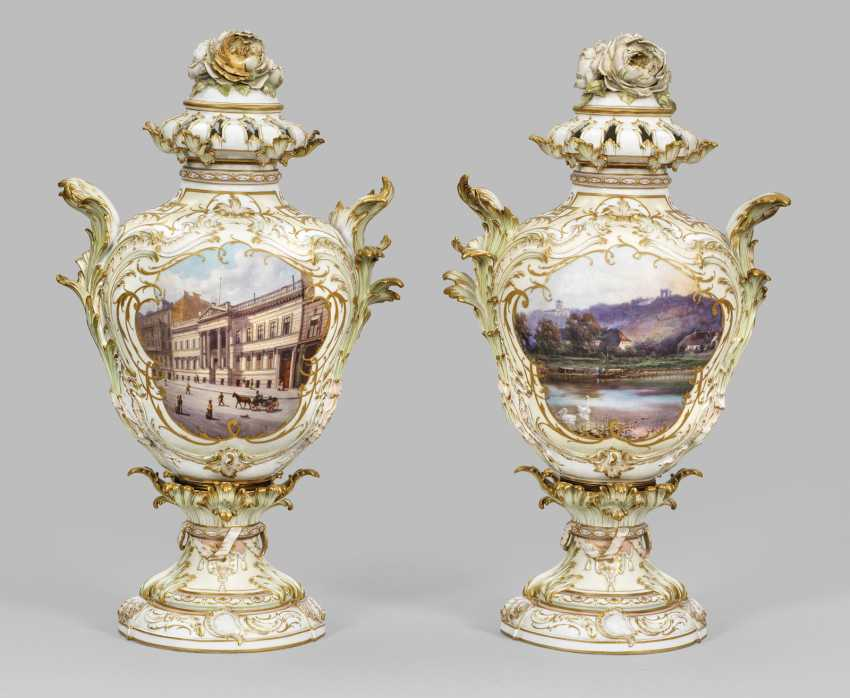 Pair of large Rococo potpourri vases with Berlin's view - photo 1