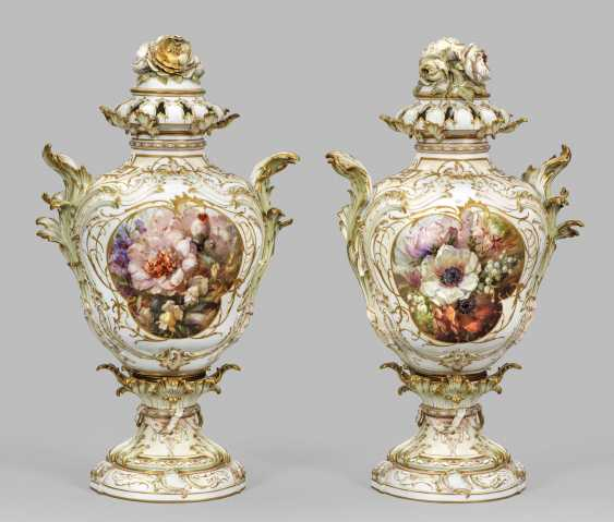 Pair of large Rococo potpourri vases with Berlin's view - photo 2