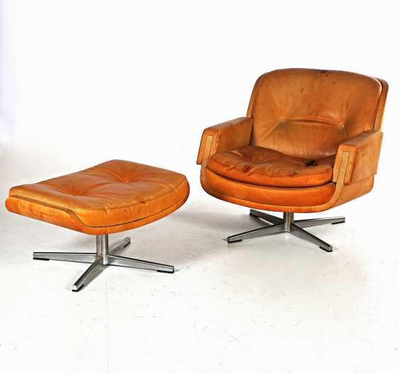 "SCHMIDT, EUGEN, ""CHAIR AND OTTOMAN"" - photo 1"