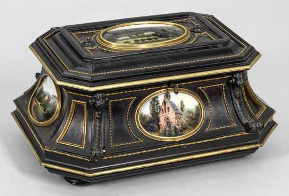 Large ceremonial casket with porcelain plaques by KPM Berlin - photo 1