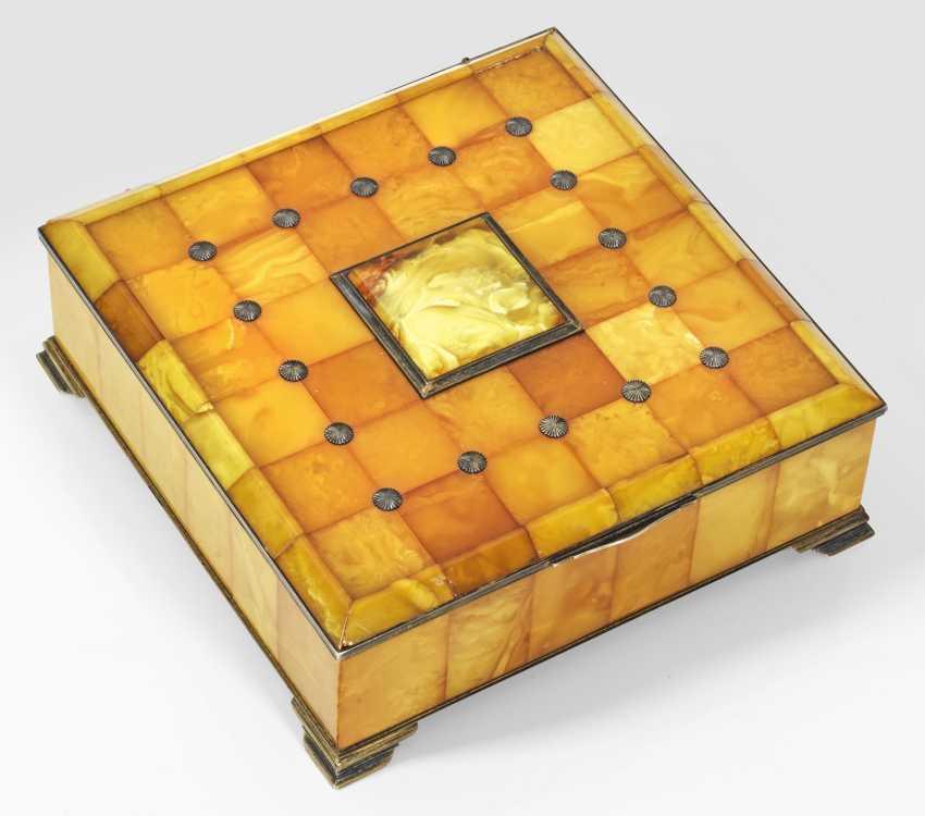 Large Art Deco Amber-Box - photo 1