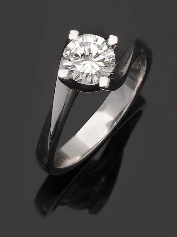 High-Fine-Brilliant-Solitaire Ring - photo 1