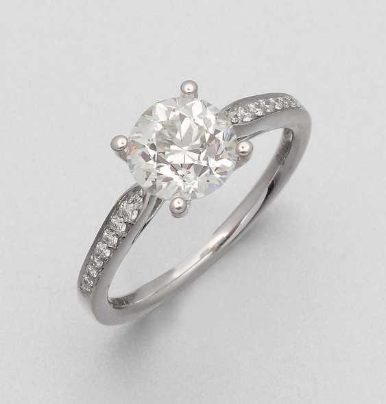 Elegant Diamond Solitaire Ring - photo 1