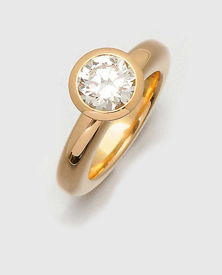 Modern Brilliant-Solitaire Ring - photo 1