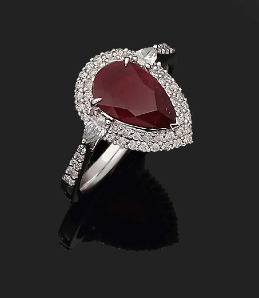 Exquisite pigeon blood red Mozambique ruby ring - photo 1