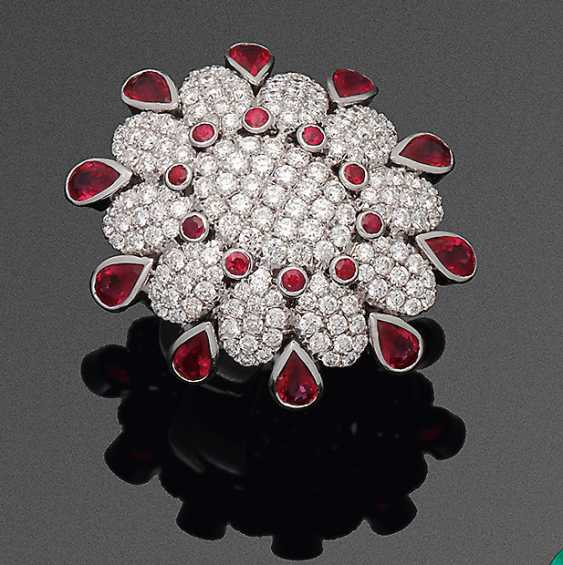 A Magnificent Ruby And Diamond Ring - photo 1