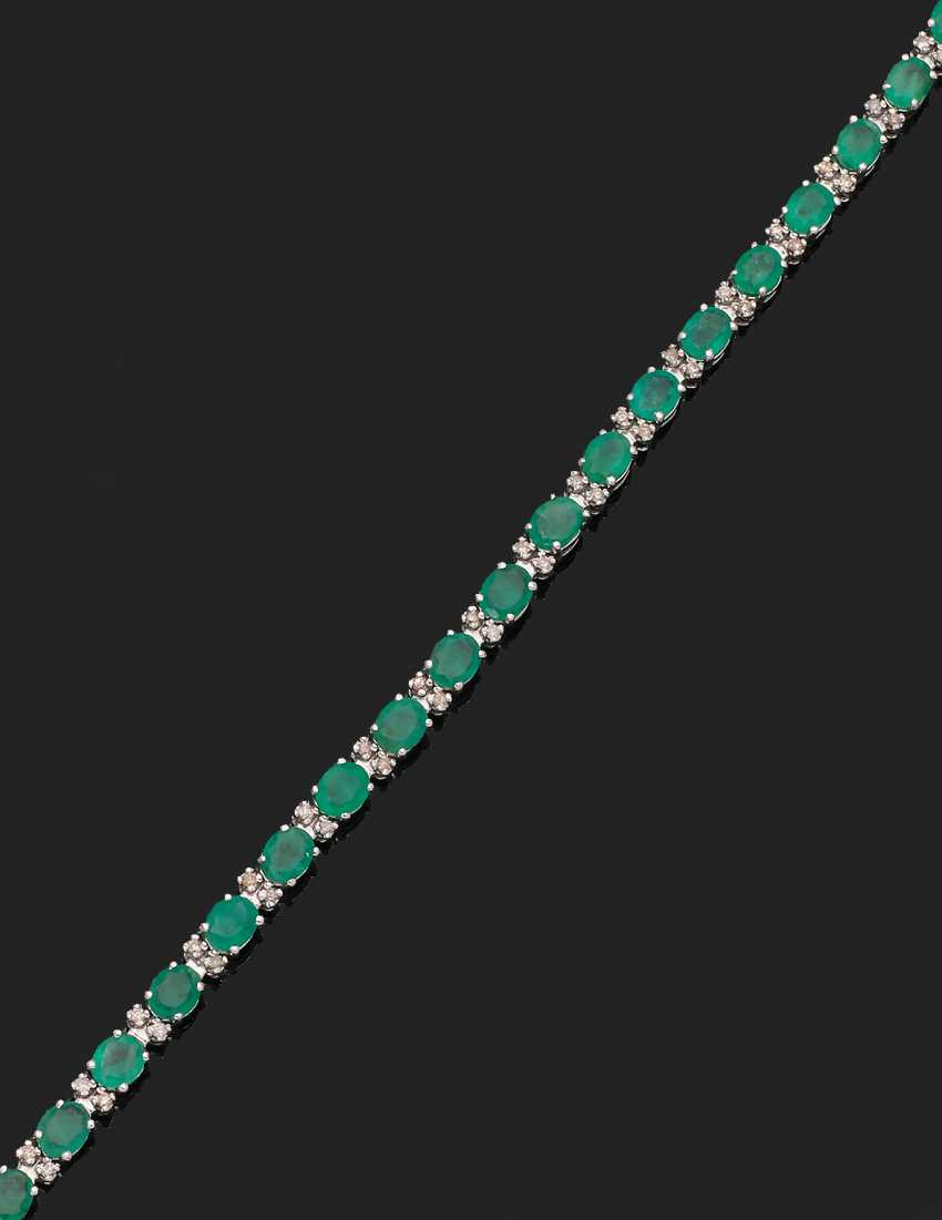 Classic Emerald Bracelet - photo 1