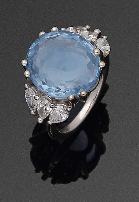 Large cornflower blue sapphire ring - photo 1