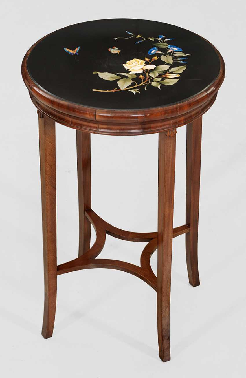 Side table with fine Pietra Dura panel - photo 1