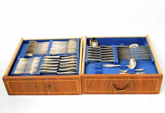 ENGLISH Extensive dining Cutlery for 12 persons, silver, 20. Century - photo 1