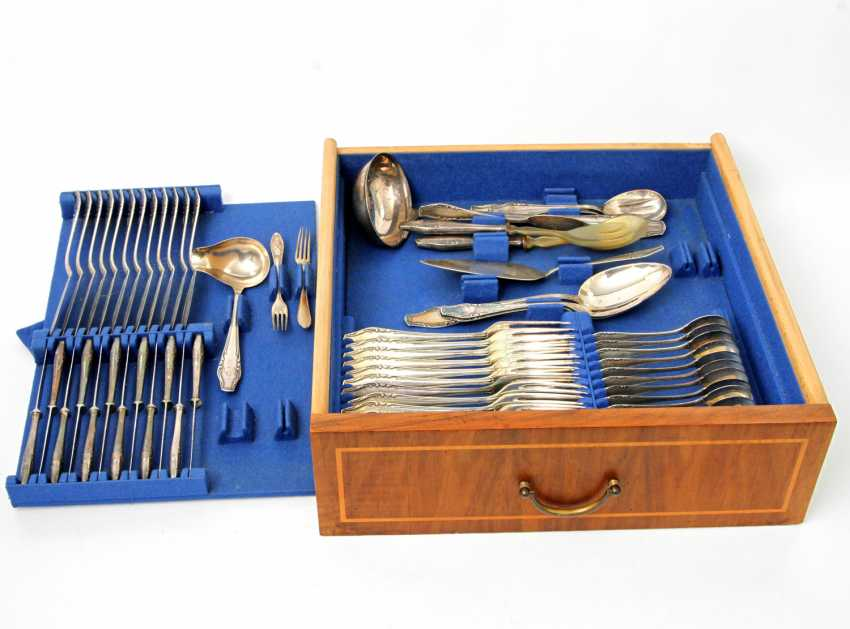 ENGLISH Extensive dining Cutlery for 12 persons, silver, 20. Century - photo 2