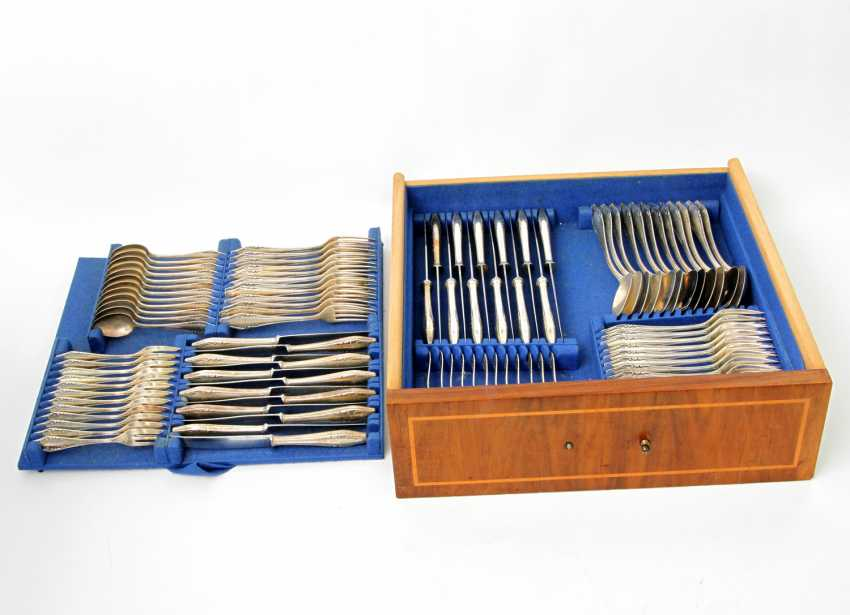 ENGLISH Extensive dining Cutlery for 12 persons, silver, 20. Century - photo 3