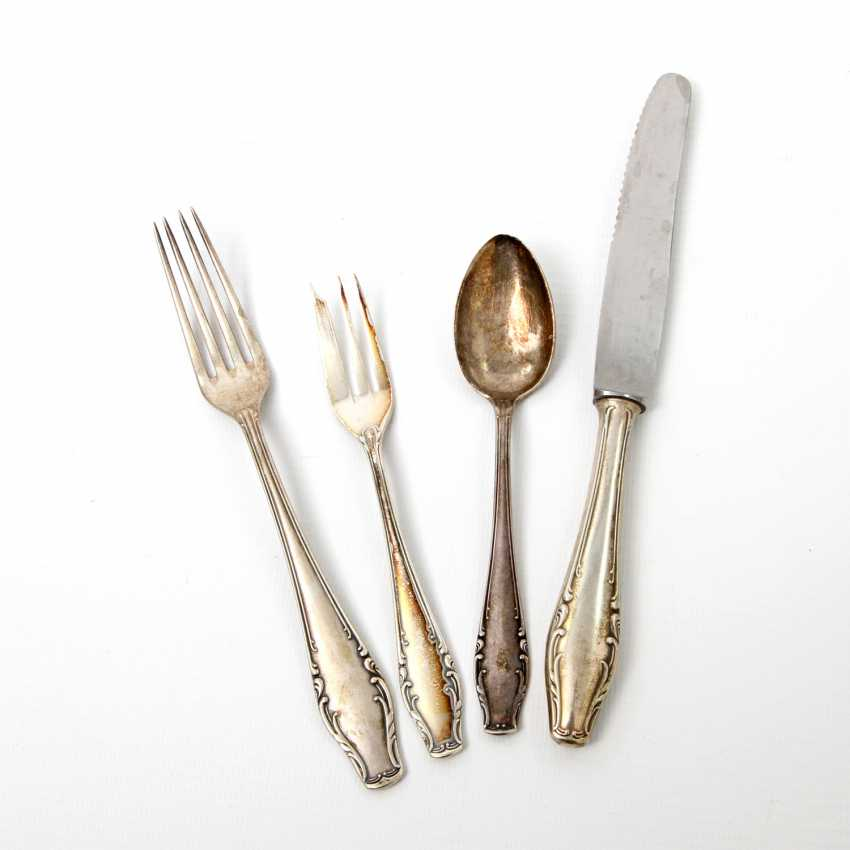 ENGLISH Extensive dining Cutlery for 12 persons, silver, 20. Century - photo 5
