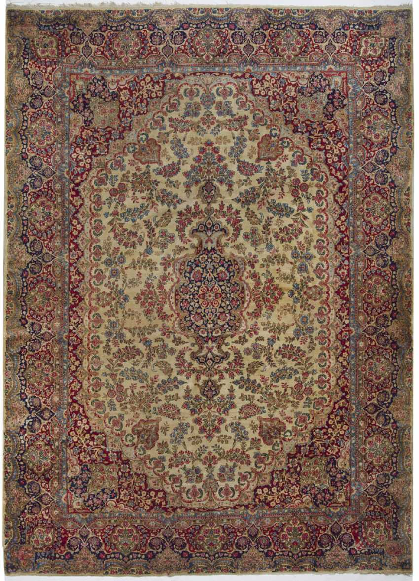 One of the great old Kirman Laver carpet - photo 1