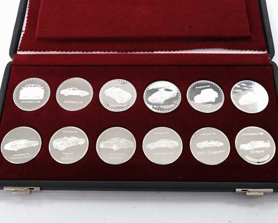 High noble Set of 12 calendar medals made of fine silver - photo 2