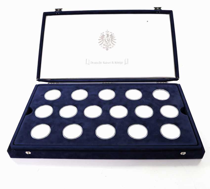Современная медаль коллекции из 43 шт, ок. 860 чистого серебра - фото 1