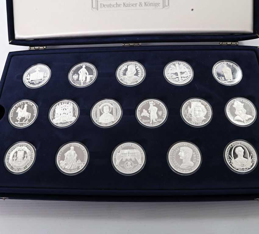 Современная медаль коллекции из 43 шт, ок. 860 чистого серебра - фото 2