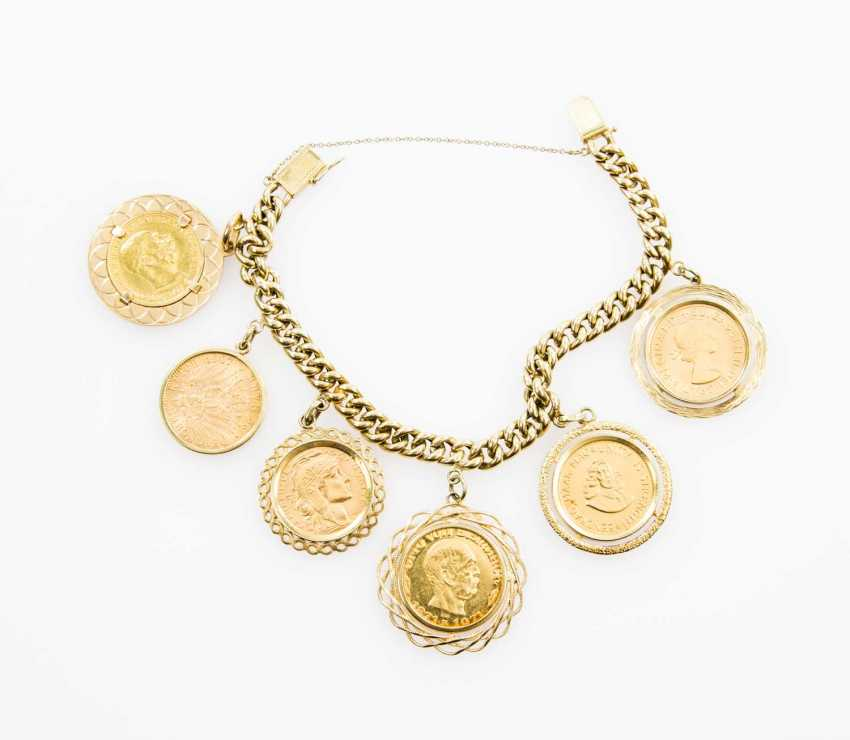 Coin bracelet 14 ct GOLD with 5 coins and 1 medal. - photo 2