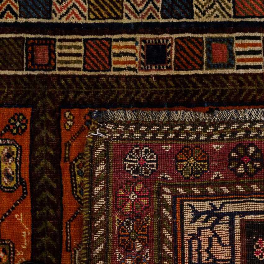 Orient carpet. 20. Century, approx. 177x123 cm - photo 2
