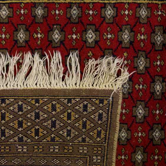 Orient carpet. PAKISTAN, 20. Century, 187x121 cm - photo 2