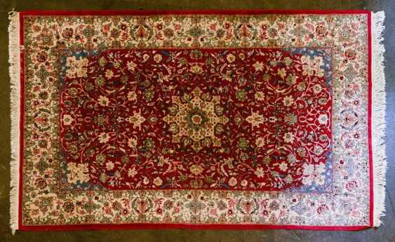 Orient carpet. 20. Century, 276x175 cm - photo 1