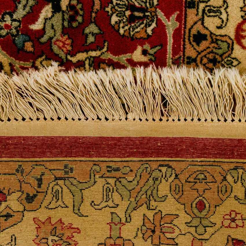 Orient carpet. 20. Century, 276x175 cm - photo 2