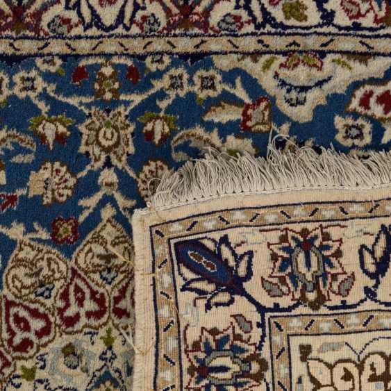 Orient carpet. 20. Century, 197x120 cm - photo 2