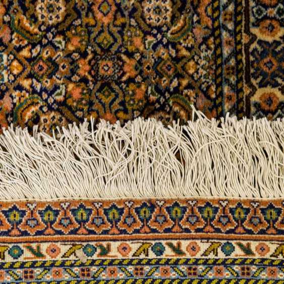 Orient carpet. SARAB/PERSIA, 20. Century, 375x308 cm - photo 2
