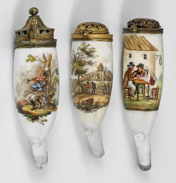 Three Pipe bowls with genre scenes - photo 1