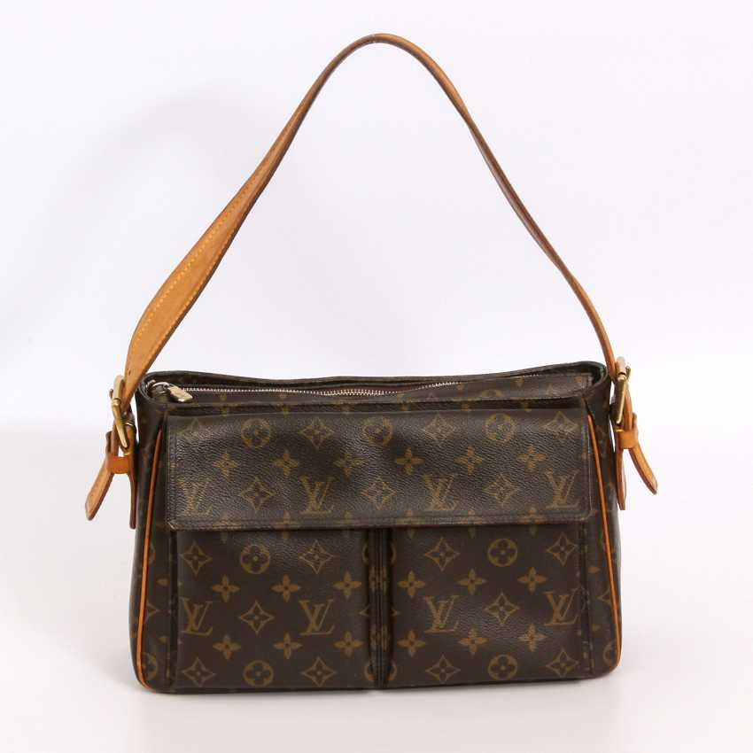 "LOUIS VUITTON practical shoulder bag ""VIVA CITE GM"", collection 2005. - photo 1"
