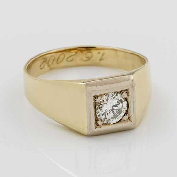 Mens band ring with brilliant solitaire - photo 1