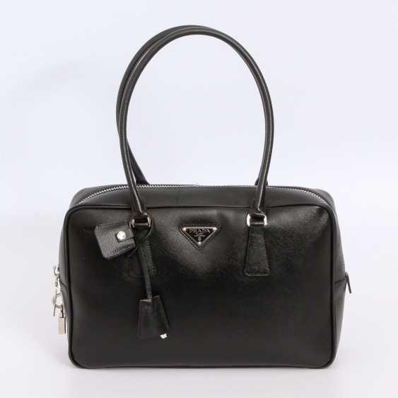 PRADA classy handbag. - photo 1