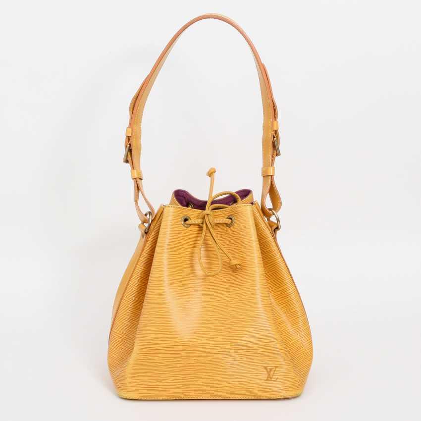 """LOUIS VUITTON VINTAGE elegant shoulder bag """"NOÈ PM"""", collection 1995. - photo 1"""