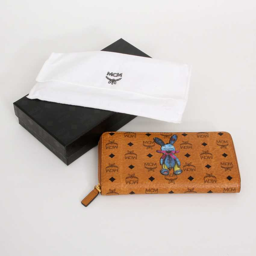 MCM fashion wallet 2015 collection. - photo 5