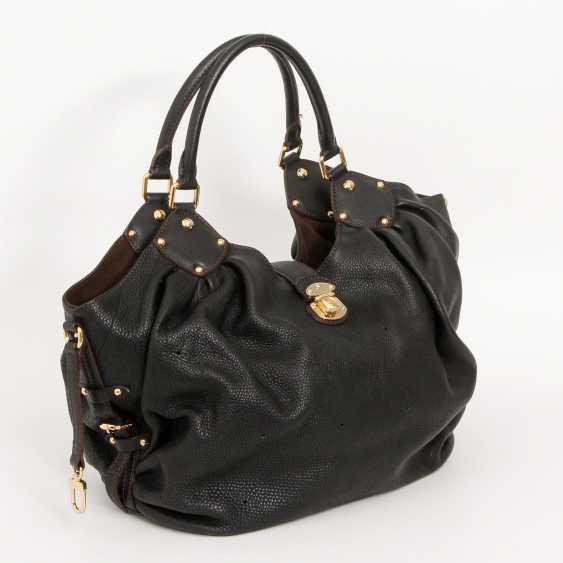 """LOUIS VUITTON exclusive Hobobag """"MAHINA XL"""", collection 2009. - photo 2"""