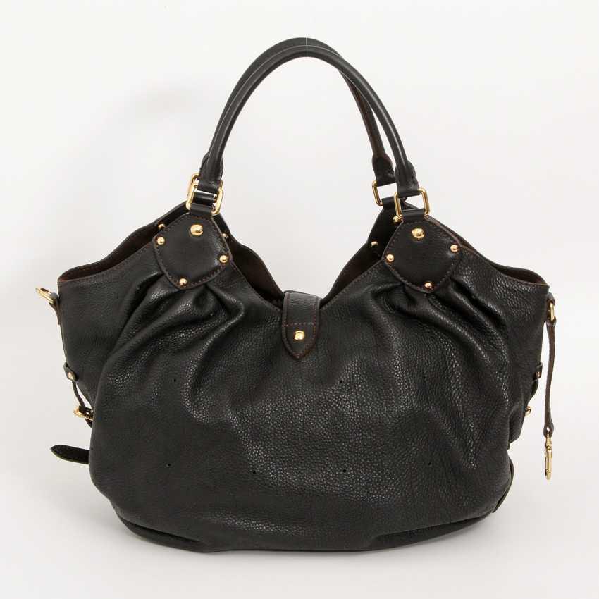 """LOUIS VUITTON exclusive Hobobag """"MAHINA XL"""", collection 2009. - photo 4"""