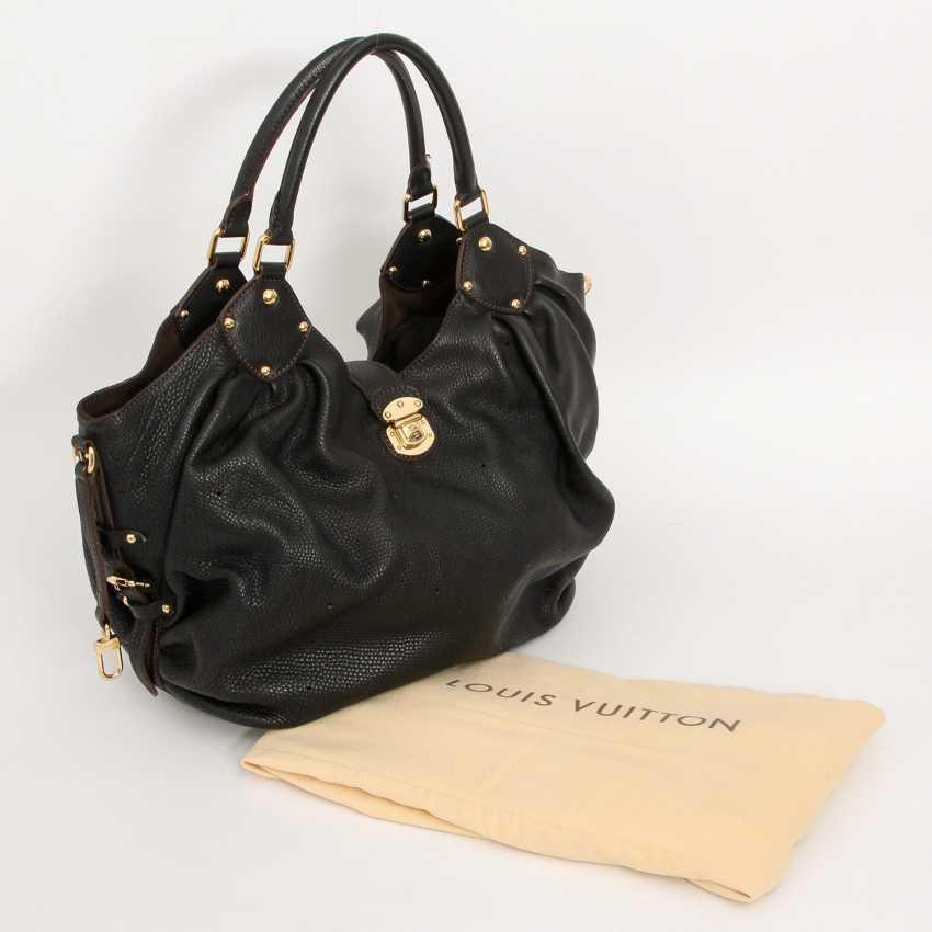"""LOUIS VUITTON exclusive Hobobag """"MAHINA XL"""", collection 2009. - photo 5"""