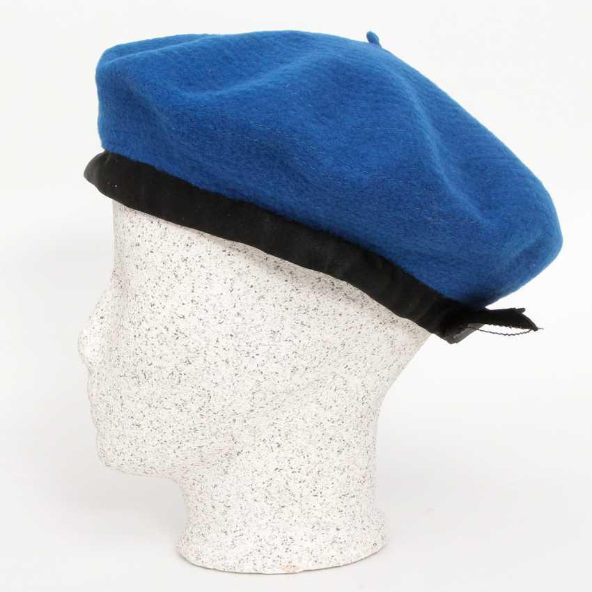 CHANEL adorable Vintage beret; - photo 2