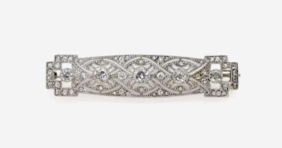 Brooch with diamonds - photo 1