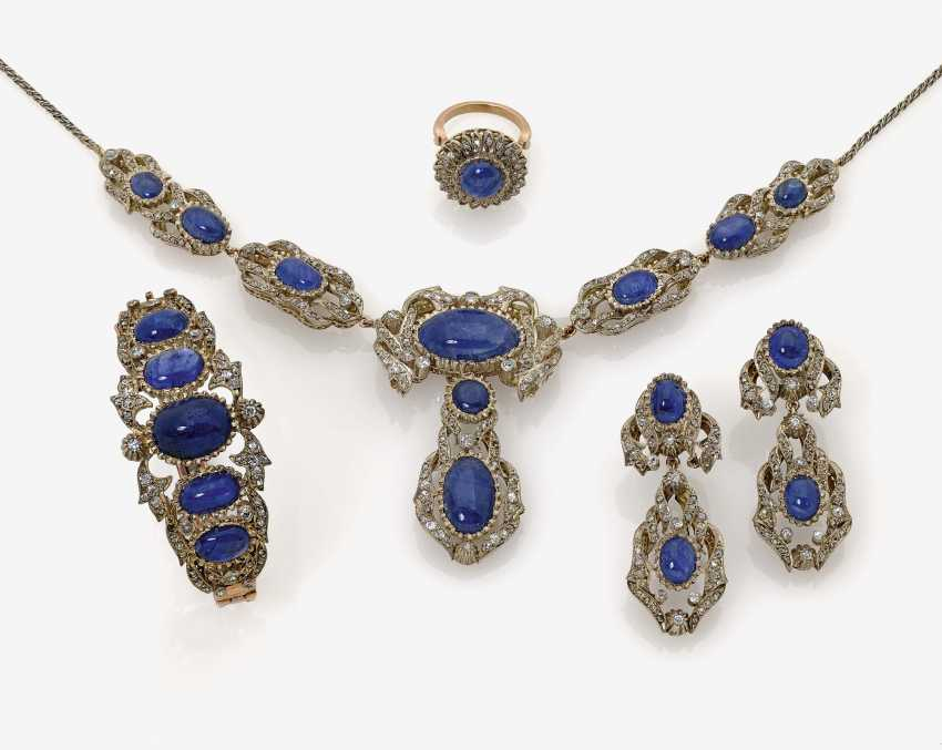 Parure consisting of necklace, bracelet, a Pair of drop earrings and a Ring - photo 1